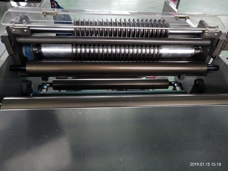 JT-SLT-550-Label-Slitting-Machine-5
