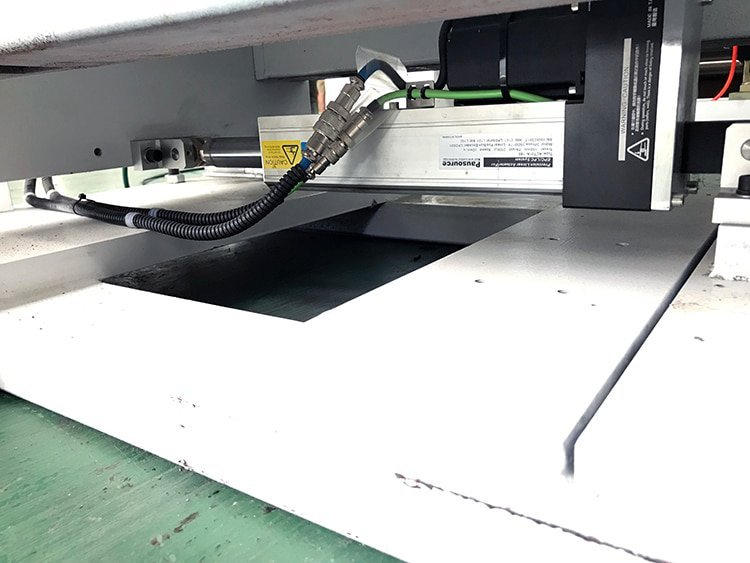 A3-A4-A5-Paper-Sheeting-Machine-4