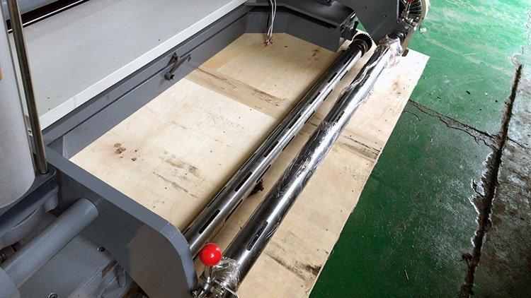 JT-SLT-1300C-non-woven-fabric-slitting-machine-3