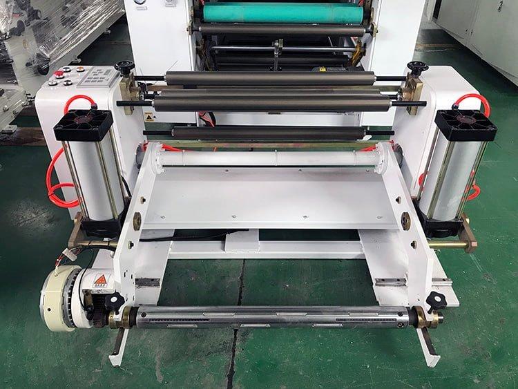 Sandwich-Paper-Roll-To-Sheet-Cutting-Machine-3